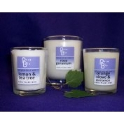 Relaxing and Indulgent Candle - Organic & Naturally Scented
